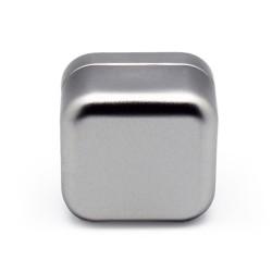 Square metal tin size M