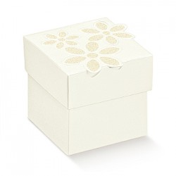 Cardboard cube with printed flowers