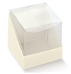PET packaging and cardboard bottom