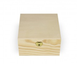Box with 4 dividers